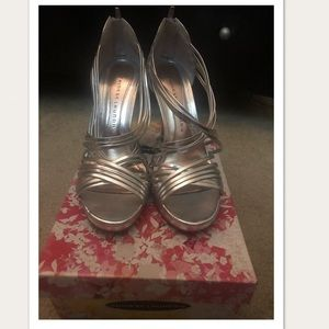 Chinese Laundry Metallic Silver Heels 9.5 US